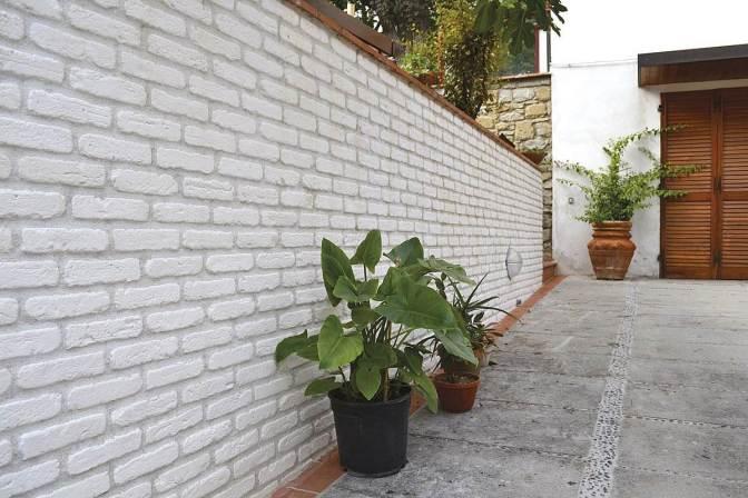 mattoncino bianco recinzione esterna