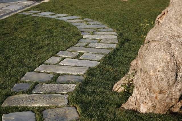 Giardino che passione rinnovare con la pietra - Camminamento pietra giardino ...
