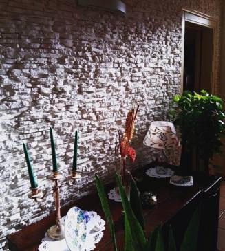 rivestimento parete interna pietra ricostruita primiceri