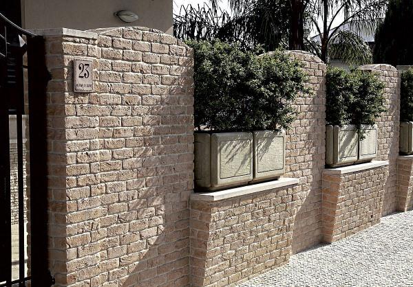 Mattone bianco mania (white brick addiction) – rinnovare con la pietra