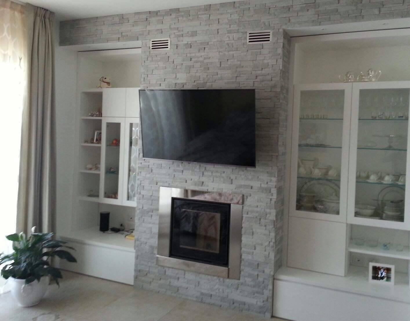 Rivestire una parete in salotto dietro la tv rinnovare for Parete salotto